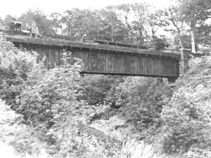 S6_Viaduct_archive.JPG (75012 bytes)