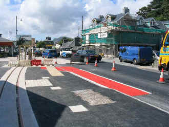 S14_RC15-7-08CR marking out cycleway.jpg (75094 bytes)