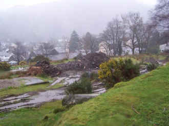 S9_BWH10-12-06Beddgelert Station south from water tower.jpg (48958 bytes)