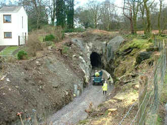 S9_JE22-3-07Goat Tunnel north.jpg (102259 bytes)