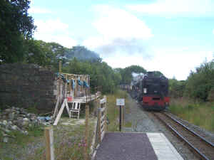Tryfan Junction_CP1-7-11station building.jpg (96895 bytes)